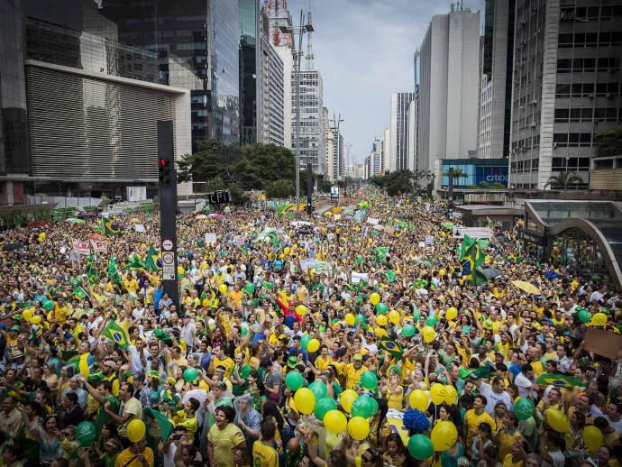 protesto-paulista-20150315-01_original